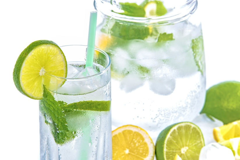 mineral-water-lime-ice-mint.jpg
