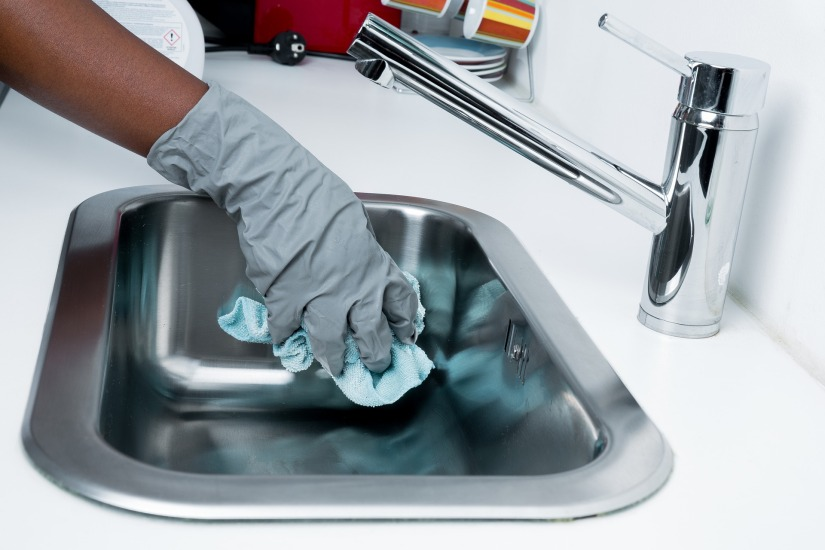 sink cleaning.jpg